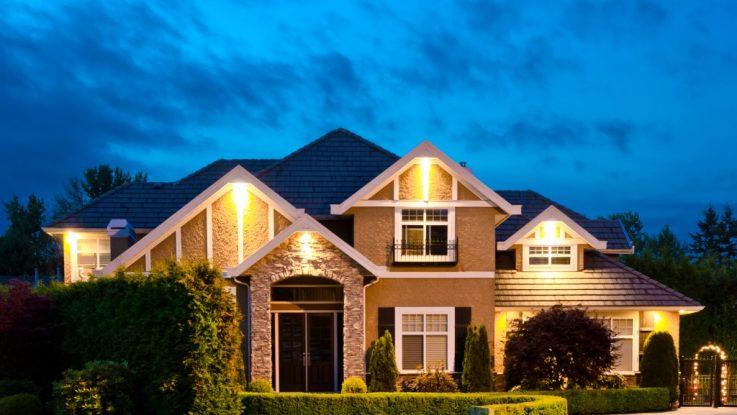 Photo of big house at dusk