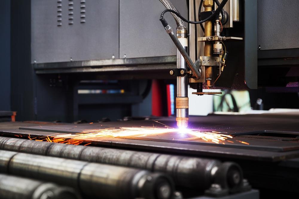 cutting metal plate
