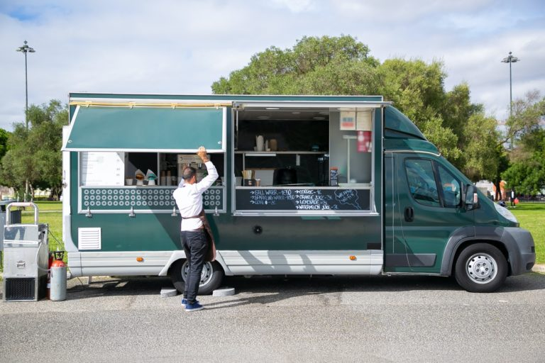 Want to Start a Food Truck Business? Know Some Trendy Ideas